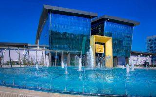 Κατά το πρώτο τρίμηνο, τα εμπορικά κέντρα της εταιρείας (The Mall Athens, Golden Hall στο Μαρούσι και Mediterranean Cosmos στη Θεσσαλονίκη) κατέγραψαν αύξηση των πωλήσεων κατά 7,8% και της επισκεψιμότητας κατά 6,7%.