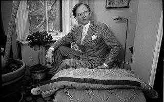 Ο Τομ Γουλφ υπήρξε καταιγιστικά καινοτόμος, καίτοι αυτοχαρακτηριζόταν συντηρητικός, παλαιάς κοπής, αλλά με μοντέρνα γραφή.