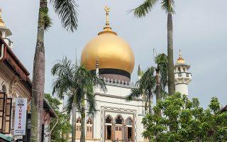Το περίφημο Τζαμί του Σουλτάνου, στη Σιγκαπούρη, η οποία επελέγη ως τόπος συνάντησης του Ντόναλντ Τραμπ με τον Κιμ Γιονγκ Ουν.