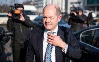 Ο Πόουλ Τόμσεν θα έχει επαφές με τον Γερμανό υπουργό Οικονομικών Ολαφ Σολτς (φωτ.) στο Βερολίνο, επιδιώκοντας να βρει σημεία σύγκλισης για τη συμφωνία ελάφρυνσης του ελληνικού χρέους.