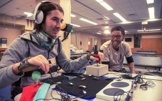 Χάρις στο νέο χειριστήριο, ακόμη και άτομα με σοβαρά προβλήματα κίνησης (λ.χ. μορφές παράλυσης) θα μπορούν να απολαύσουν το gaming.