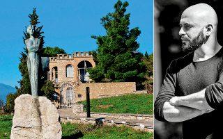 Το σπίτι του Αγγελου Σικελιανού στους Δελφούς θα υποδεχθεί την έναρξη του φεστιβάλ. Καλλιτεχνικός διευθυντής του Φεστιβάλ Δελφών είναι ο συνθέτης Δημήτρης Μαραμής, που σχεδίασε ένα πρόγραμμα δίνοντας έμφαση σε νέους συνθέτες και ερμηνευτές.