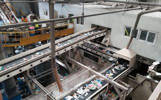 Από 65.061 τόνους που συνελέγησαν και κατέληξαν στο κέντρο διαλογής στο Κορωπί, το 47% οδηγήθηκε σε ΧΥΤΑ ως κοινά σκουπίδια.