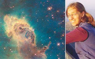Στη διατριβή της την απασχόλησε ένα από τα μεγάλα ερωτήματα στην αστροφυσική, το πώς δημιουργούνται τα άστρα. Τα επόμενα χρόνια περιμένουμε αναρίθμητες ακόμα ανακαλύψεις για το σύμπαν, σύμφωνα με τη δρα Πανοπούλου. Με τον τομέα της αστροφυσικής άρχισε να συνδέεται στο γυμνάσιο.