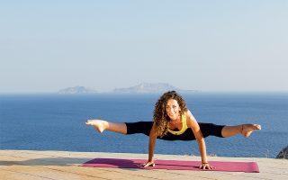 Η Άννα Πετροπούλου διοργανώνει στις Ροβιές της Βόρειας Εύβοιας το πρώτο καλοκαιρινό yoga retrat του Αthens Yoga.