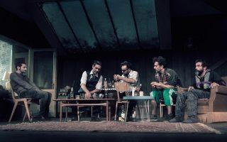 «Ο φάρος», σε σκηνοθεσία Κ. Μαρκουλάκη, με Παπασπηλιόπουλο, Χειλάκη, Αλειφερόπουλο, Ψαρρά, Μαρκουλάκη.