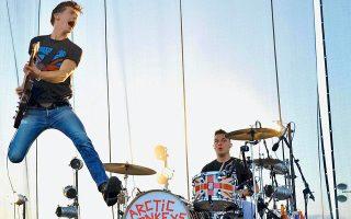 Οι Arctic Monkeys θα μας επισκεφθούν για πρώτη φορά φέτος, στο πλαίσιο του Rockwave Festival.