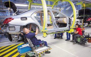 Οι μετοχές των αυτοκινητοβιομηχανιών κινήθηκαν ανοδικά και στις ευρωπαϊκές αγορές, με τις Volkswagen, BMW και Daimler να ενισχύονται έως 2,9%.
