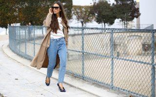Οι διάσημες σταρ της street μόδας επιλέγουν τα πουά παπούτσια του οίκου Balenciaga.