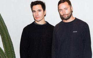Οι σχεδιαστές Jack McCollough και Lazaro Hernandez του οίκου Proenza Schouler.