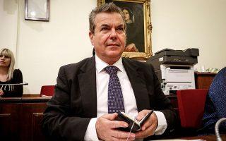 «Το πλεόνασμα στον ΕΦΚΑ οφείλεται στην καλύτερη ανταπόκριση των ασφαλισμένων, στη μεγαλύτερη εισπραξιμότητα. Είχαμε ρεκόρ εισπραξιμότητας στους ελεύθερους επαγγελματίες», εξηγεί ο υφυπουργός Κοινωνικής Ασφάλισης Τάσος Πετρόπουλος.