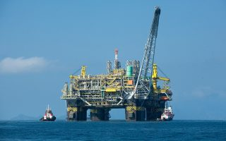 Οι αμερικανικές Exxon Mobil και Chevron, η κινεζική CNOOC και η ισπανική Repsol συγκαταλέγονται στις πετρελαϊκές που συμμετείχαν στη χθεσινή τέταρτη δημοπρασία που διενήργησε η βραζιλιάνικη κυβέρνηση.