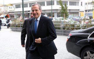 «Οι πανηγυρισμοί του ΣΥΡΙΖΑ δεν μπορούν να καλύψουν την απογοήτευση του ελληνικού λαού», ανέφερε στη δήλωσή του ο κ. Σαμαράς.