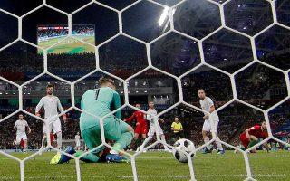 Aναμφισβήτητα, το 3-3 της Πορτογαλίας με την Ισπανία με το χατ τρικ του Ρονάλντο και την γκάφα του Ντε Χέα, αποτελεί «το ματς της 1ης αγωνιστικής».