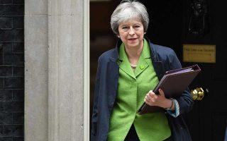 Οι Ευρωπαίοι κατανοούν τα προβλήματα που αντιμετωπίζει η κ. Μέι για να καταλήξει σε συμφωνία, αλλά δηλώνουν ότι ο χρόνος εξαντλείται.