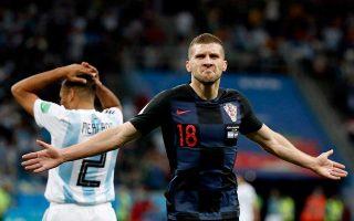 Η Κροατία ήταν σαρωτική, χθες, απέναντι στην Αργεντινή και ο Ρέμπιτς άνοιξε το σκορ με υπέροχο σουτ. Η «αλμπισελέστε» υπέστη τη μεγαλύτερη ήττα στους ομίλους του Μουντιάλ από το 1958, όταν είχε ηττηθεί με 6-1 από την Τσεχοσλοβακία.