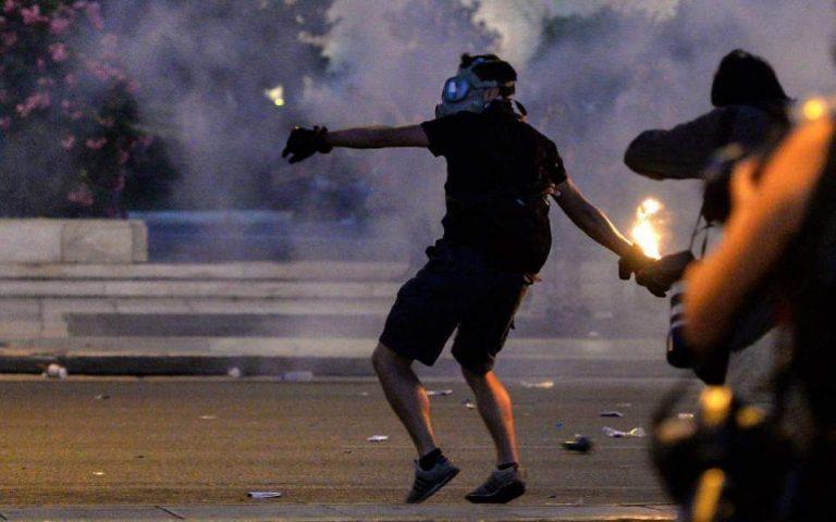 protia-elladas-stin-anarchiki-tromokratia-2257926