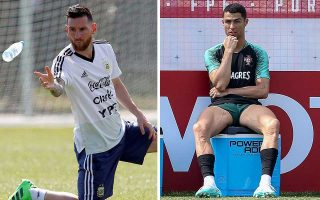 Oι δύο κορυφαίοι ποδοσφαιριστές της εποχής μας προετοιμάζονται για τις πρώτες αναμετρήσεις των «16» κόντρα σε Γαλλία και Ουρουγουάη, με την πλειονότητα των φιλάθλων να «ονειρεύεται» μια μεταξύ τους αναμέτρηση στα προημιτελικά.