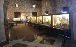 Ο υπέροχος χώρος της μεγάλης αίθουσας του παλατιού, ο οποίος παρέμεινε κλειστός για τριάντα χρόνια.