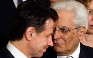 Τζουζέπε Κόντε και Σέρτζιο Ματαρέλα. Η σχέση του νέου πρωθυπουργού της Ιταλίας με τον πρόεδρο της Δημοκρατίας πέρασε από χίλια κύματα μέχρι την ορκωμοσία της κυβέρνησης.
