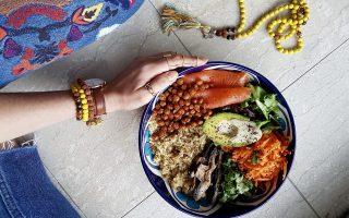 buddha-bowls-to-polychromo-ygieino-amp-038-apolyto-trend-tis-ygieinis-diatrofis0