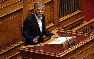 Ο κοινοβουλευτικός εκπρόσωπος του κόμματος ΤΟ ΠΟΤΑΜΙ Σπύρος Δανέλλης  μιλά στην ολομέλεια της Βουλής , Σάββατο 21 Μαΐου 2016. Διεξάγεται στην ολομέλεια Βουλής η συζήτηση του σχεδίου νόμου του Υπουργείου Οικονομικών «Επείγουσες διατάξεις για την εφαρμογή της Συμφωνίας δημοσιονομικών στόχων και Διαρθρωτικών Μεταρρυθμίσεων και άλλες διατάξεις». ΑΠΕ-ΜΠΕ/ΑΠΕ-ΜΠΕ/ΟΡΕΣΤΗΣ ΠΑΝΑΓΙΩΤΟΥ