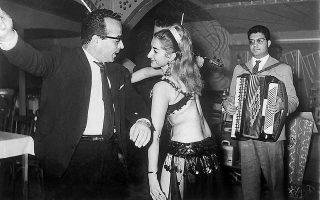 «Ο ντιζέρ του λαϊκού τραγουδιού», έτσι αποκαλούσε η Ρένα Βλαχοπούλου τον Πάνο Γαβαλά, τραγούδησε με ζηλευτή αυστηρότητα την ερωτική απόγνωση.