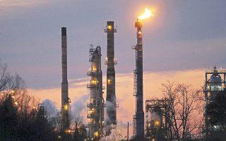 Στη μηνιαία έκθεσή του ο ΟΠΕΚ ανέφερε πως υπάρχει πολύ μεγάλη αβεβαιότητα για την πορεία της τιμής του πετρελαίου το δεύτερο εξάμηνο.