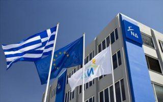 nd-to-vestiario-ton-syrizanel-einai-ploysio-amp-8211-metamfiezontai-opos-theloyn0