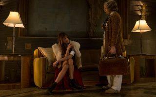 Η Τζόντι Φόστερ αγωνίζεται να επιβάλει στοιχειώδεις κανόνες σε ένα ξενοδοχείο-νοσοκομείο για εγκληματίες.