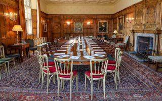 Η αίθουσα συσκέψεων στο Τσέκερς, την εξοχική κατοικία του εκάστοτε Βρετανού πρωθυπουργού.