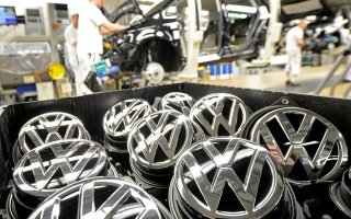 Στην έρευνά του για τη Volkswagen ο Τζακ Γιούινγκ δεν ηθικολογεί. Εξηγεί πώς μια εταιρική κουλτούρα μπορεί να οδηγήσει σε καταστροφή, όταν μέσα στον οργανισμό που γιγαντώνεται γρήγορα δεν υπάρχουν και έλεγχοι.