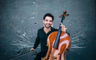 Ο νεαρός τσελίστας Πάμπλο Φεράντεζ εμφανίστηκε πέρυσι στο Ηρώδειο και φέτος έρχεται στην Υδρα.