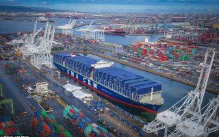 Πολλές βιομηχανίες των ΗΠΑ βλέπουν να κλείνει ο εμπορικός κινεζικός δίαυλος.