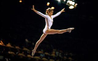 Η Νάντια Κομανέτσι, την εποχή που μεσουρανούσε στους Ολυμπιακούς του Μόντρεαλ, το 1976, και στη Μόσχα, το 1980.