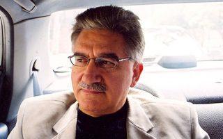 Ο Ντίνος Σιώτης, συγγραφέας του «Μάρθα, Μάρθα».