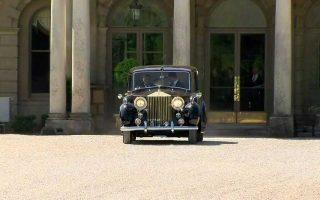 Το Phantom IV της Rolls-Royce, με το οποίο μεταφέρθηκε στην εκκλησία η Μέγκαν Μαρκλ.