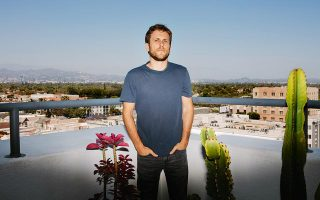O ιδρυτής του Raya, ο 34χρονος Ντάνιελ Τζέντελμαν,  στα γραφεία του  κοινωνικού δικτύου στο Λος Άντζελες. Φωτογραφίες: Kendrick Brinson The New York Times