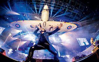Από αεροπλάνα μέχρι... τέρατα επιστρατεύουν οι Iron Maiden στην τελευταία παγκόσμια περιοδεία τους, η οποία έχει επετειακό χαρακτήρα.