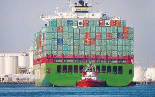 Το Πεκίνο θα εκτιμήσει τις επιπτώσεις του εμπορικού πολέμου και θα βοηθήσει τις επιχειρήσεις να τις μετριάσουν. Το 59% των κινεζικών προϊόντων στα οποία αναμένεται να επιβληθούν δασμοί αφορά ξένες εταιρείες που παράγουν στην Κίνα.