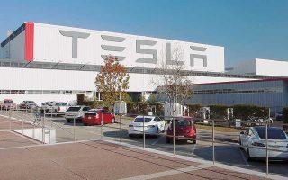 Το νέο εργοστάσιο συναρμολόγησης αυτοκινήτων στην Κίνα θα είναι ανάλογων προδιαγραφών με αυτό που διαθέτει η αμερικανική εταιρεία στο Φρίμοντ της Καλιφόρνιας. Αναμένεται να έχει ολοκληρωθεί σε δύο ή τρία χρόνια για να μπορεί να ανταποκριθεί στην αυξημένη ζήτηση της κινεζικής αγοράς.