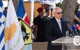 Ο υποπτέραρχος (Ι) εα, Ανδρέας Σταυροπόδης, ο οποίος το 1974 ήταν κυβερνήτης του αεροσκάφους με κωδική ονομασία «ΝΙΚΗ 9», προχθές στην Λευκωσία. (ΦΩΤΟ: Στ. Ιωαννίδης, Γραφείο Τύπου Κυπριακής Δημοκρατίας)
