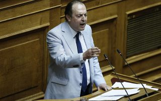 O βουλευτής των ΑΝ.ΕΛ Γεώργιος Λαζαρίδης μιλάει στη συζήτηση επί της πρότασης δυσπιστίας της ΝΔ κατά της Κυβέρνησης στην Ολομέλεια της Βουλής, Αθήνα, Παρασκευή 15 Ιουνίου 2018. , Αθήνα, Τρίτη 8 Μαΐου 2018.  ΑΠΕ-ΜΠΕ/ΑΠΕ-ΜΠΕ/ΓΙΑΝΝΗΣ ΚΟΛΕΣΙΔΗΣ