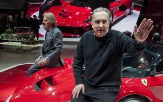 Ο Σέρτζιο Μαρκιόνε πήρε σημαντικές αποφάσεις, που στην αρχή προκάλεσαν σάλο. Σταμάτησε τη μαζική παραγωγή επιβατικών σεντάν από την Chrysler, για να επικεντρωθεί στα πιο επικερδή οχήματα πολλαπλών χρήσεων, αλλά και στα αγροτικά.