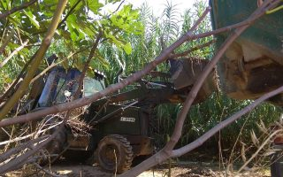 Μονάδα του ΓΕΕΘΑ ανέλαβε με κλιμάκιο μηχανημάτων εργασίες για την αντιπλημμυρική προστασία των Δήμων Ραφήνας και Μαραθώνα.