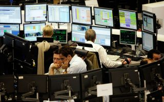 Θετικοί οι Αμερικανοί επενδυτές σε νέα έκδοση ελληνικού ομολόγου.