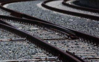 Κλειστός σταθμός του προαστιακού σιδηρόδρομου, Αθήνα  Παρασκευή 8 Ιουλίου 2016. Οι εργαζόμενοι του προαστιακού σιδηροδρόμου σιδηροδρόμου και του ΟΣΕ  βρίσκονται σε απεργία ως και την ερχόμενη τρίτη αντιδρώντας στα σχέδια ιδιωτικοποίησης της ΤΡΑΙΝΟΣΕ. ΑΠΕ-ΜΠΕ/ΑΠΕ-ΜΠΕ/ΟΡΕΣΤΗΣ ΠΑΝΑΓΙΩΤΟΥ