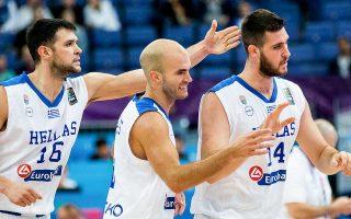 Οι διεθνείς παίκτες του Παναθηναϊκού και του Ολυμπιακού θα τεθούν στη διάθεση του αντιπροσωπευτικού συγκροτήματος.