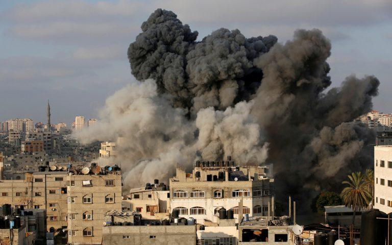 Δεκαοκτώ τραυματίες από αεροπορικές επιδρομές στη Γάζα (εικόνες)