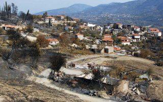 Εντεκα χρόνια μετά τη φωτιά στη Μάκιστο, το χωριό με τους 24 νεκρούς, ακόμη δεν έχει κατασκευαστεί δρόμος διαφυγής.